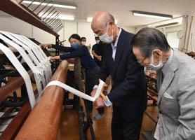 ネット201001西本願寺に純岡谷産絹糸